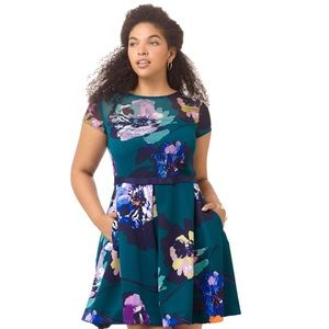 NWT Taylor Floral emerald dress size 6